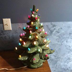 Ceramic lighted Xmas tree